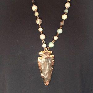 Kinsley Armelle arrowhead necklace